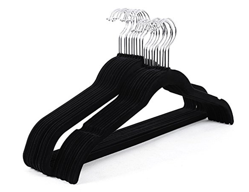 Non Slip Velvet Clothes Hanger with Notched Shoulder