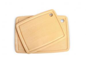 The difference between plastic and wooden chopping board